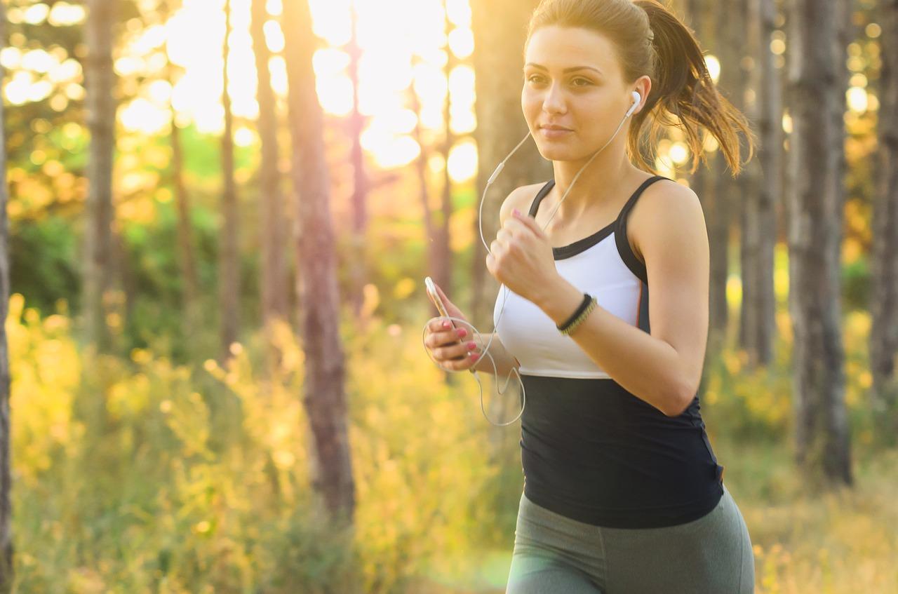 joggende vrouw